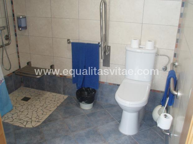 Baño Adaptado Para Discapacitados: de Turismo Adaptado y Turismo ...
