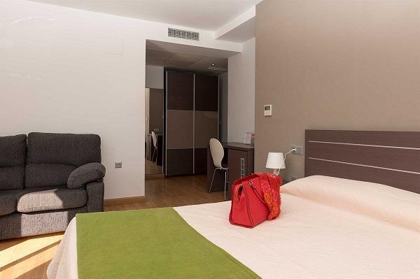 imagen principal de HOTEL ROCAMAR BENIDORN