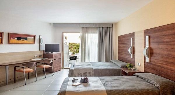 imagen principal de HOTEL AQUAMARINA SPA