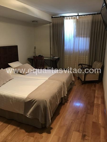 imagen principal de HOTEL REAL COLEGIATA SAN ISIDRO