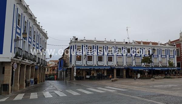 imagen principal de PLAZA MAYOR VALDEPEÑAS