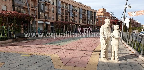 imagen principal de RUTA DE LAS ESCULTURAS VALDEPEÑAS