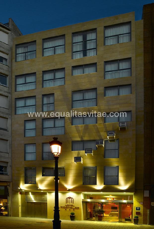 Hotel portales sercotel hoteles recomendado logro o la for Hotel diseno la rioja