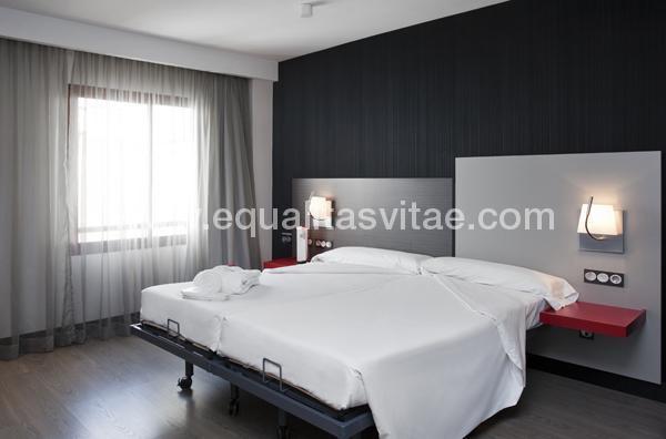 imagen principal de HOTEL ILUNION SUITES MADRID