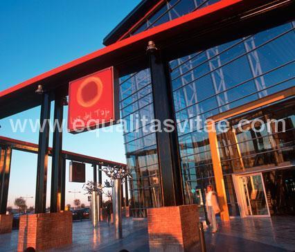 imagen principal de CENTRO COMERCIAL LUZ DEL TAJO