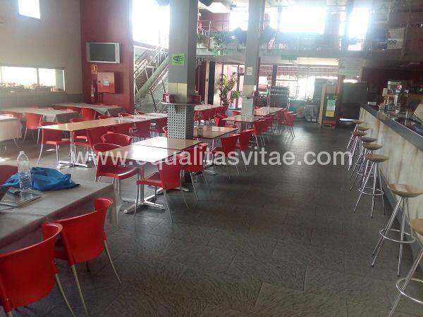 imagen principal de RESTAURANTE - CAFETERÍA CAMPING IRATXE