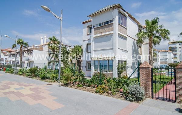 Apartamentos el pleamar malaga accesible en torrox malaga - Apartamentos laguna beach torrox ...