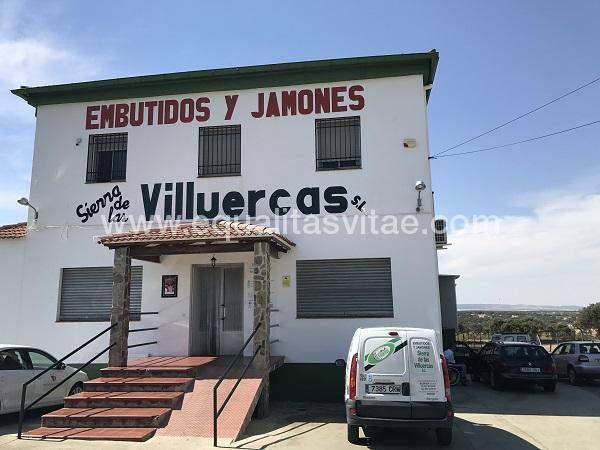 imagen principal de EMBUTIDOS Y JAMONES SIERRA DE VILLUERCAS