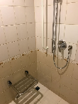 imagen de Ducha accesible, habitación adaptada. hotel Petro Palace, San Petersburgo.