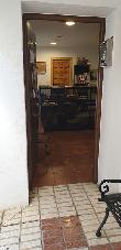 imagen de Entrada accesible. Oficina de turismo y C. de I. de Fuencaliente.