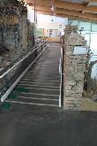 imagen de Rampa de acceso a la zona expositiva.