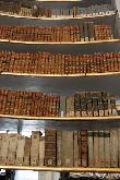 imagen de Libros en la biblioteca Ana Amalia