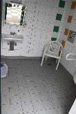 imagen de Lavabo en baño accesible del Mar del Norte