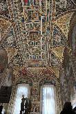 image of Frescos en los techos de las salas en la Catedral de Siena