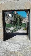 imagen de Entrada exterior accesible al Jardín de Paulette en Navarra.