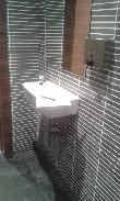 image of Lavabo accesible sin pie.