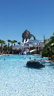 imagen de Piscina accesible en resort