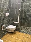 imagen de Baño adaptado de la habitación. Foto facilitada por usuario en silla de ruedas.